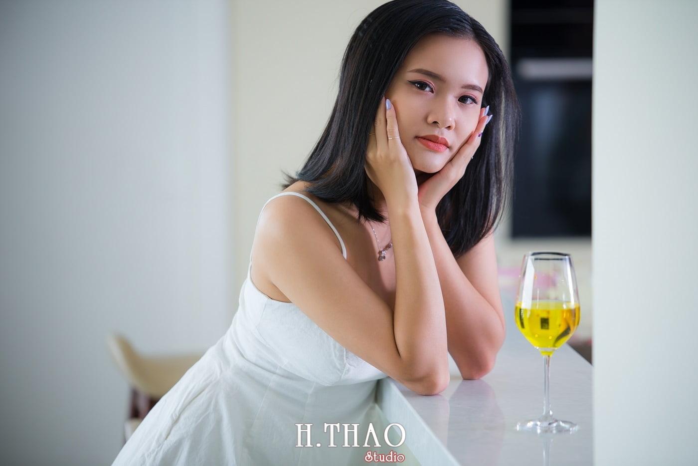 Anh chi Ngoc 89 min - Góc ảnh chụp indoor đơn giản mà đẹp – HThao Studio