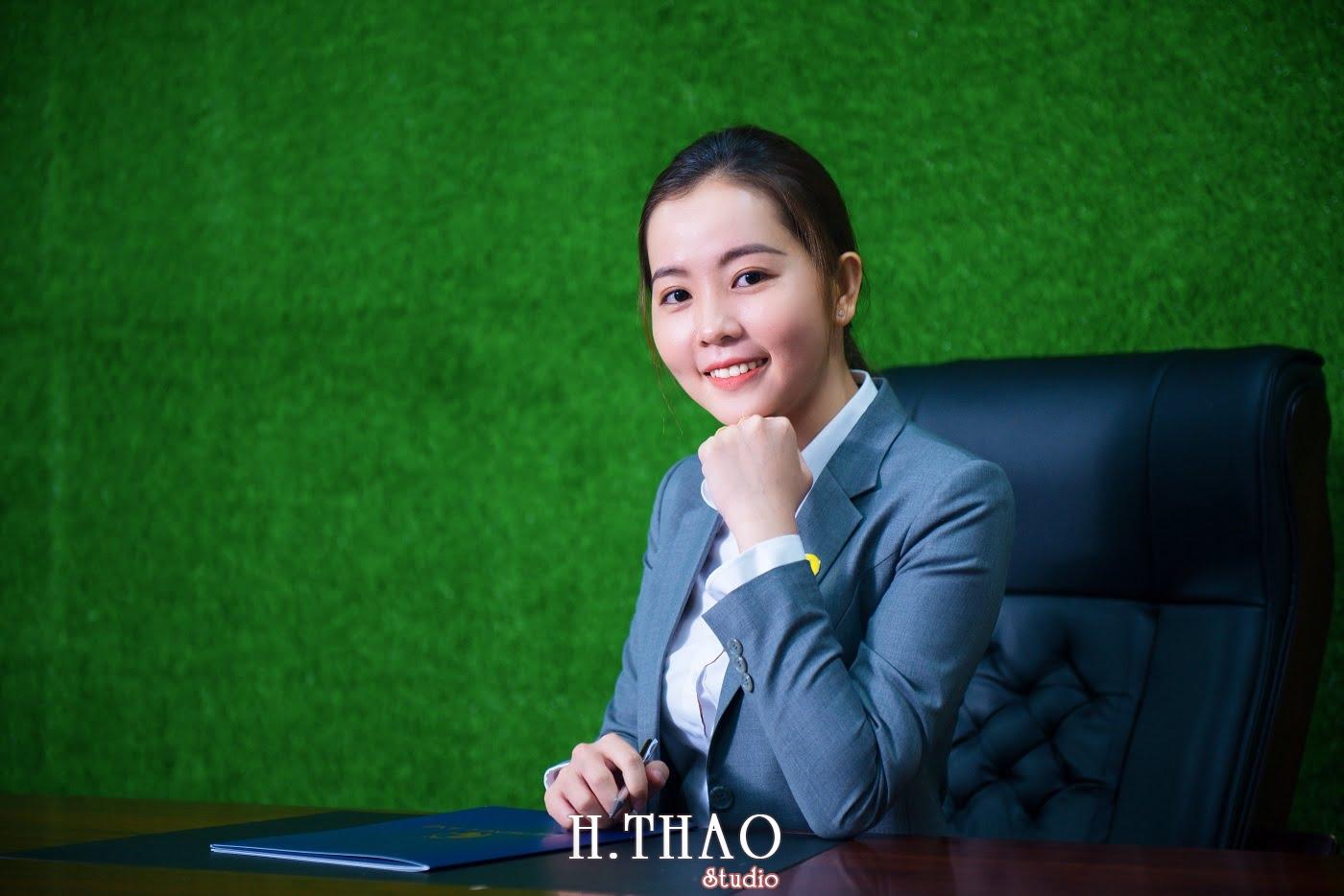 Anh nhan vien 4 min - Album ảnh profile nhân sự công ty Phu Hung Land – HThao Studio