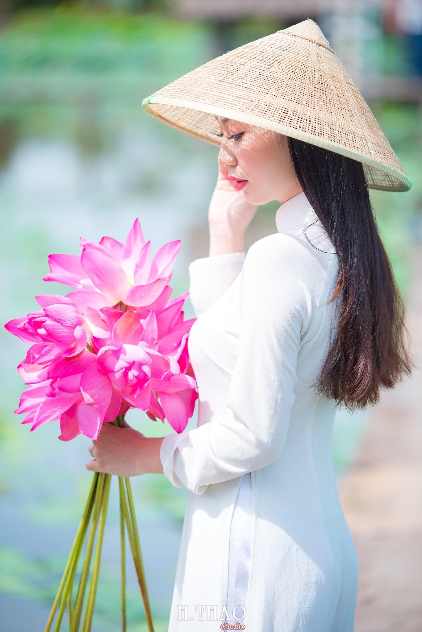 ảnh chụp với hoa sen