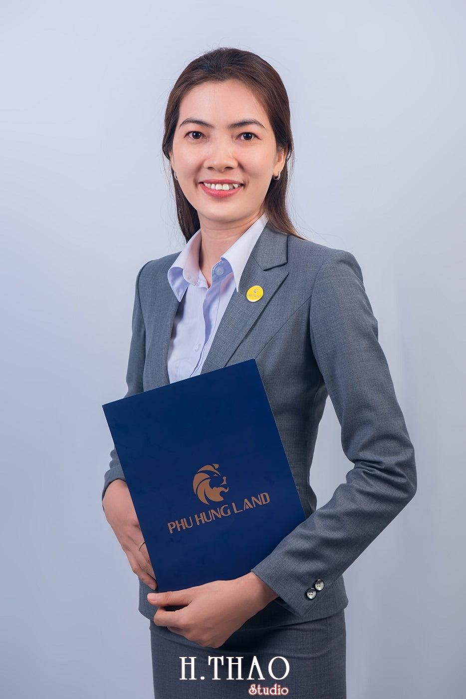 Phu Hung Land 10 - Album ảnh profile nhân sự công ty Phu Hung Land – HThao Studio