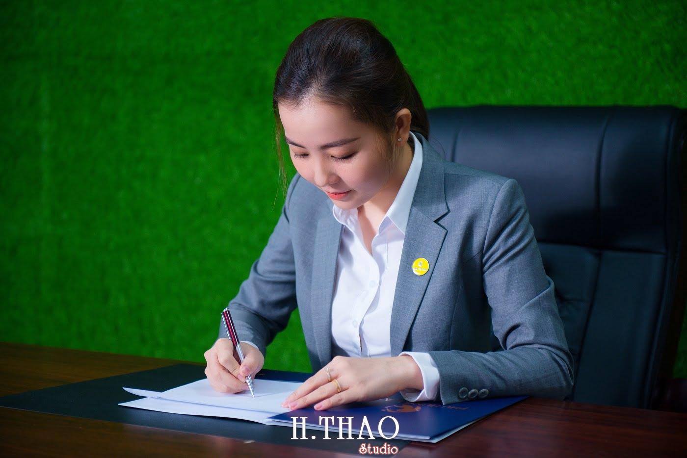 Phu Hung Land 16 - Album ảnh profile nhân sự công ty Phu Hung Land – HThao Studio