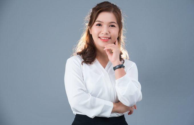 anh doanh nhan dep 680x438 - 49 style chụp hình profile cá nhân đẹp & chuyên nghiệp – HThao Studio