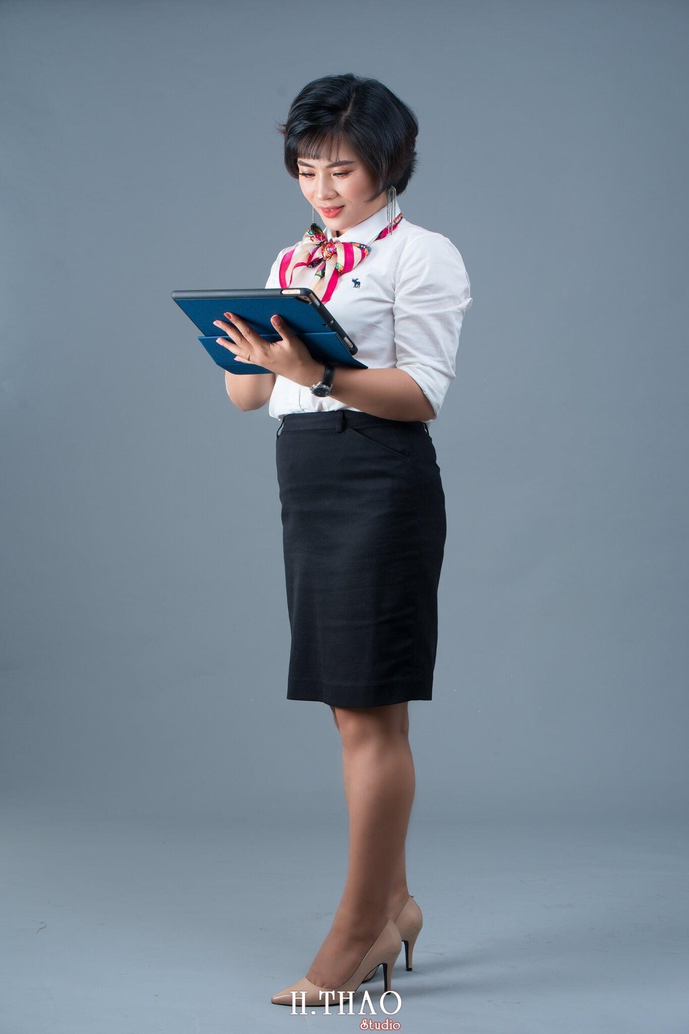 chan dung nghe nghiep 2 - Album ảnh profile cá nhân chị Ny Manulife - HThao Studio
