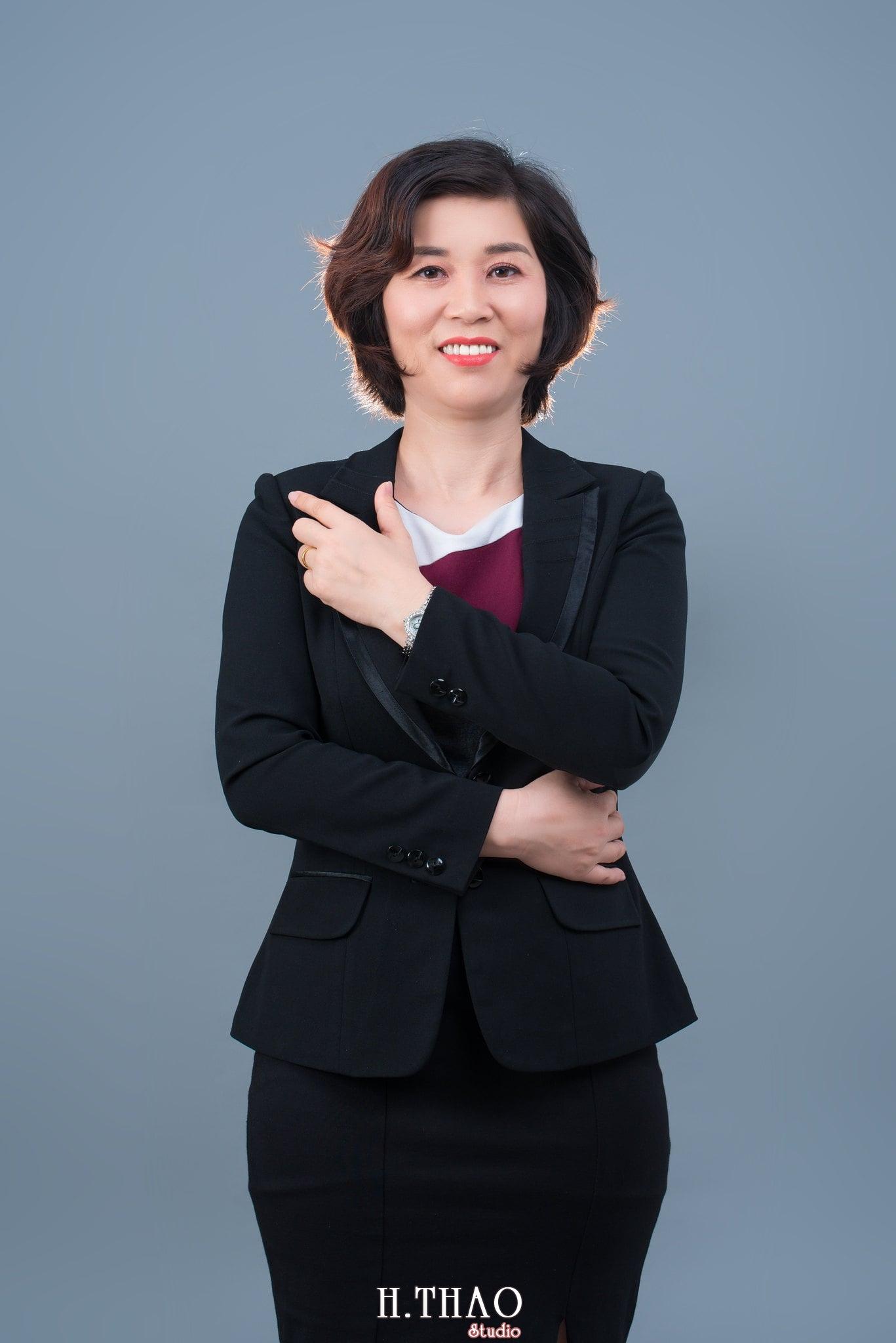 chan dung nu 1 - Album ảnh doanh nhân chị Quỳnh sang trọng, quý phái - HThao Studio