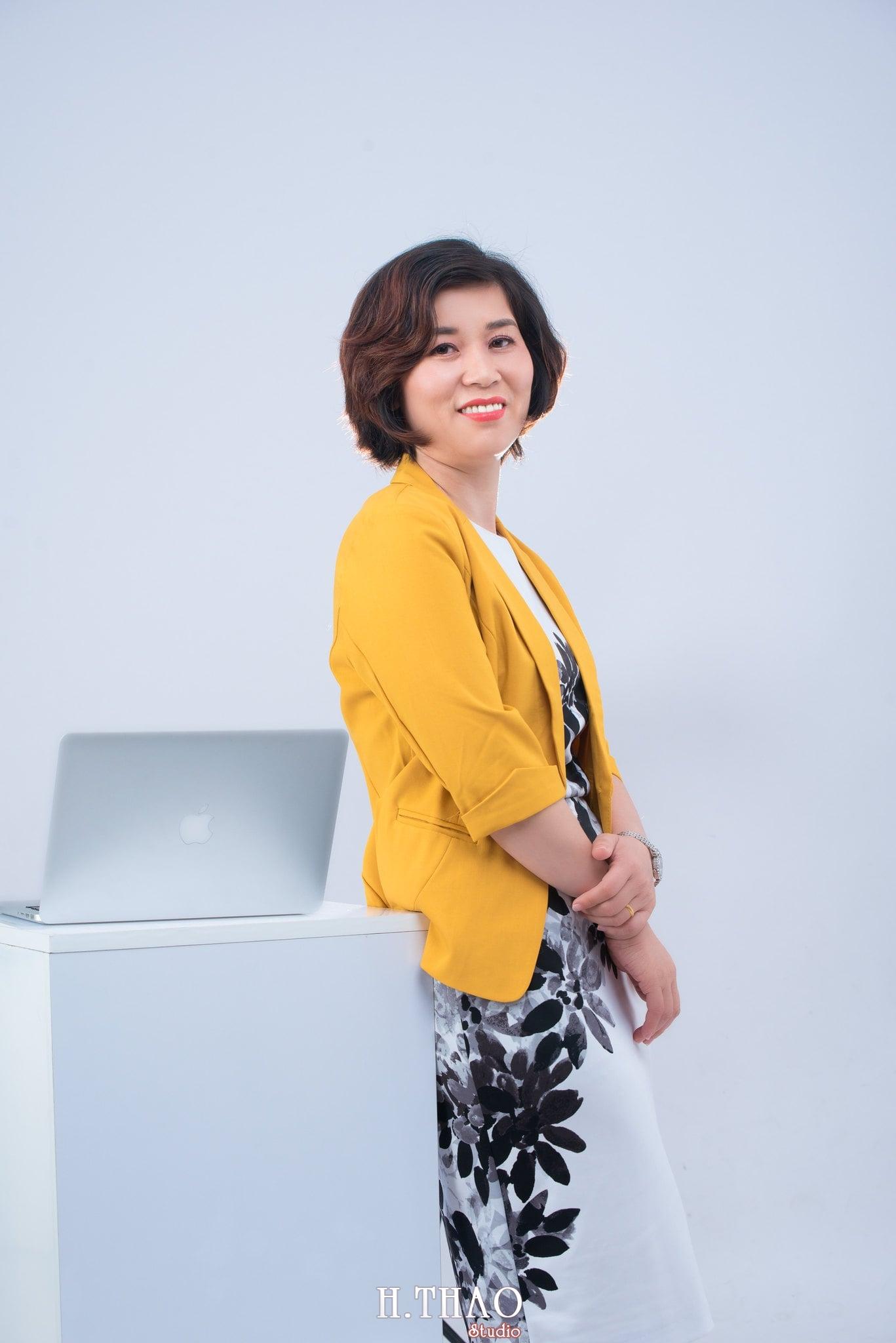 chan dung nu 11 - Album ảnh doanh nhân chị Quỳnh sang trọng, quý phái - HThao Studio