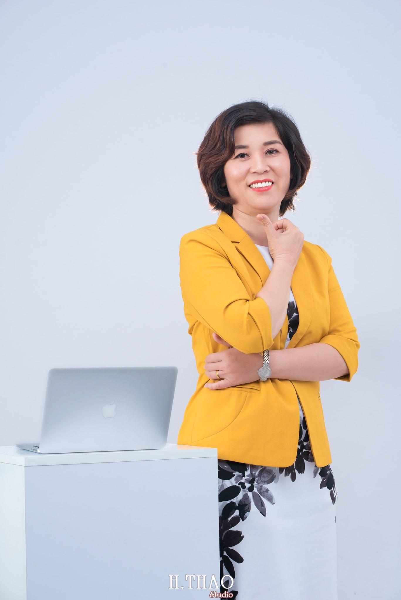 chan dung nu 6 - Album ảnh doanh nhân chị Quỳnh sang trọng, quý phái - HThao Studio