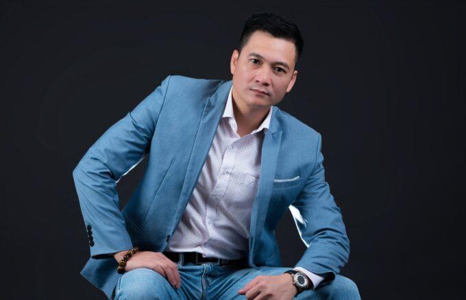 nh nam doanh nhân phong cách chuyên nghiệp 680x438 - Tổng hợp album ảnh doanh nhân - HThao Studio
