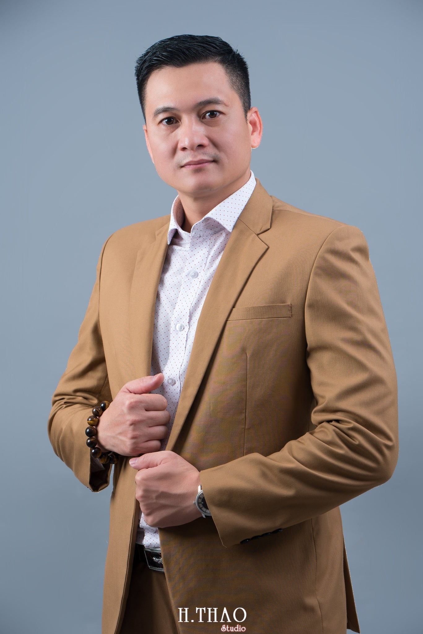 nh đẹp nam doanh nhân phong cách - Album ảnh chuẩn phong cách doanh nhân Hưng Nguyễn - HThao Studio