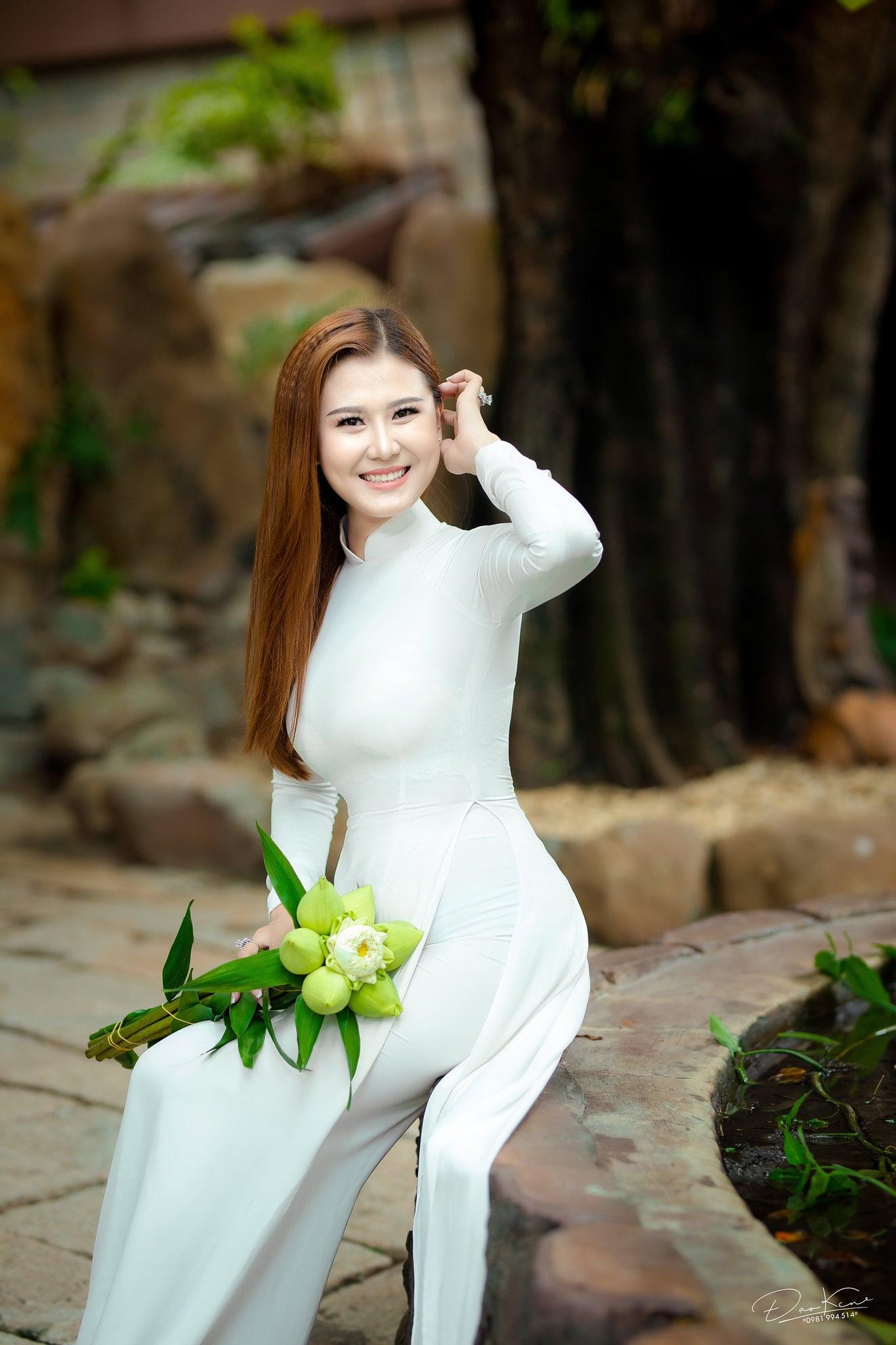 Ha My ao dai 7 min - Album ảnh áo dài thướt tha Hà My- HThao Studio