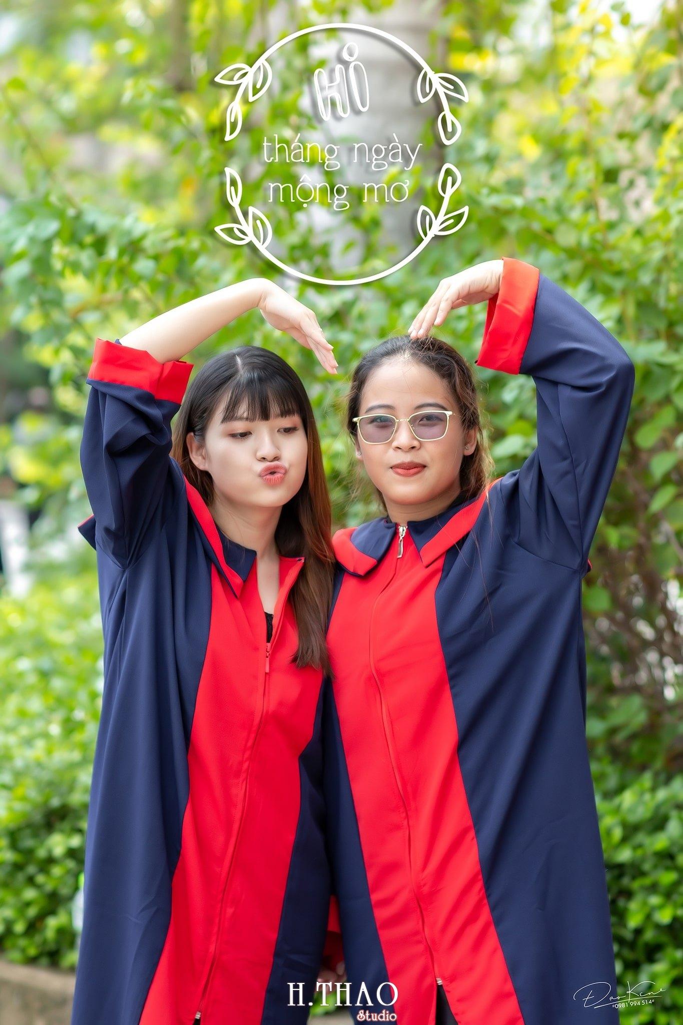"""Ky yeu lop 17C7 5 min - Bộ ảnh kỷ yếu """"siêu chất"""" của sinh viên HuTech - HThao Studio"""