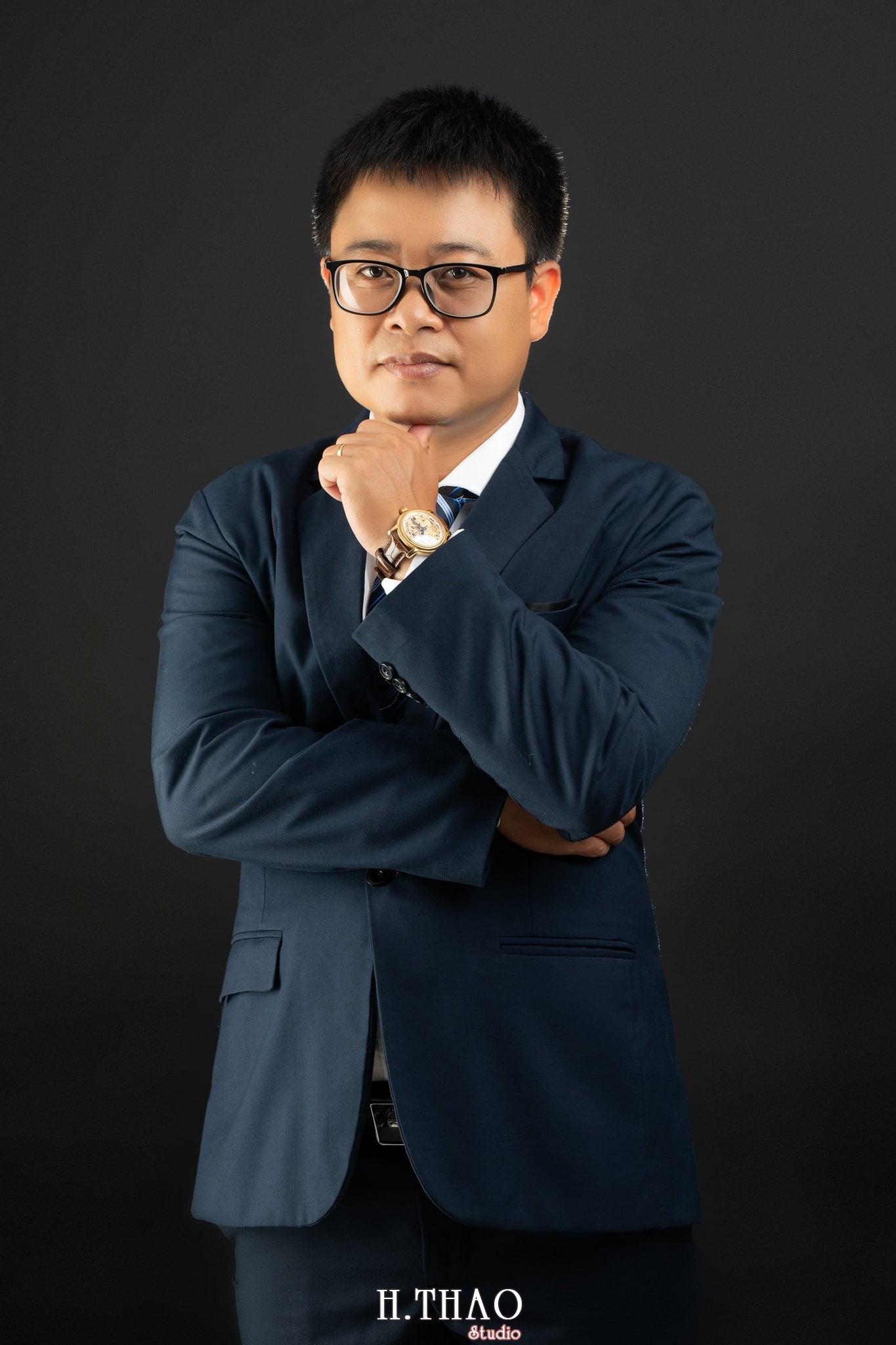 Anh Hoang 1 min - Album ảnh giám đốc Hoàng VIB lịch lãm - HThao Studio