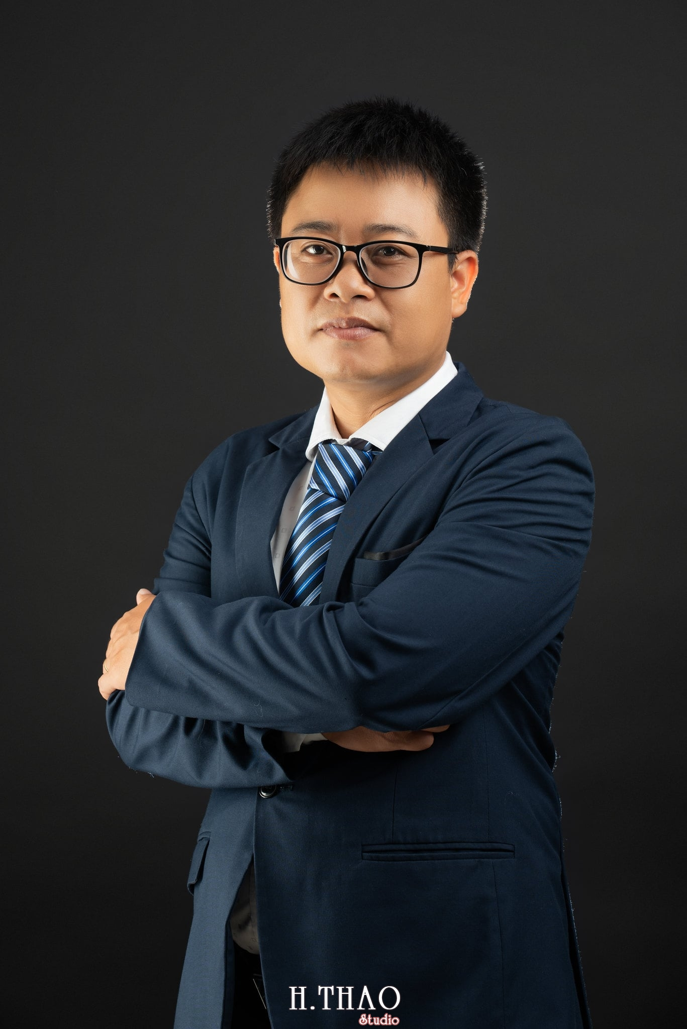 Anh Hoang 10 min - Album ảnh giám đốc Hoàng VIB lịch lãm - HThao Studio