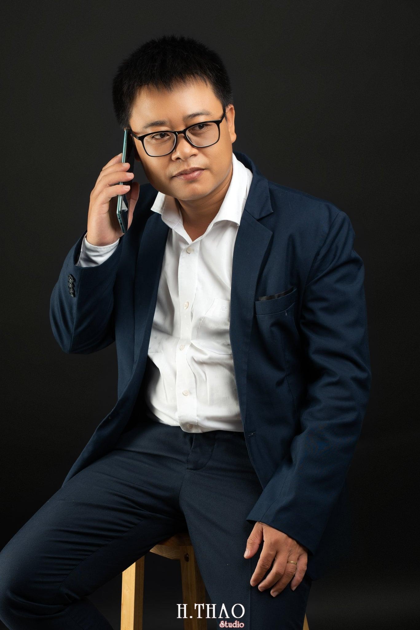 Anh Hoang 12 min - Album ảnh giám đốc Hoàng VIB lịch lãm - HThao Studio
