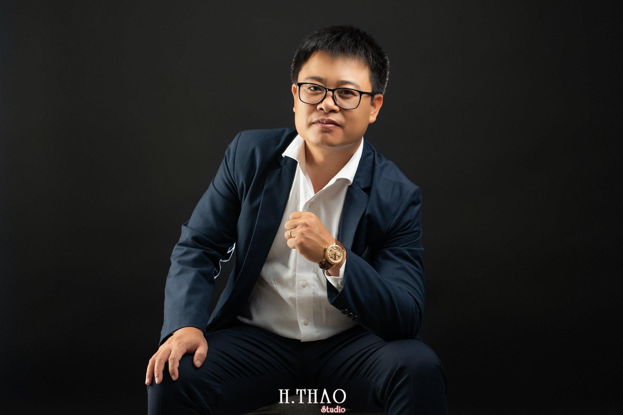 Anh Hoang 3 min - Album ảnh giám đốc Hoàng VIB lịch lãm - HThao Studio