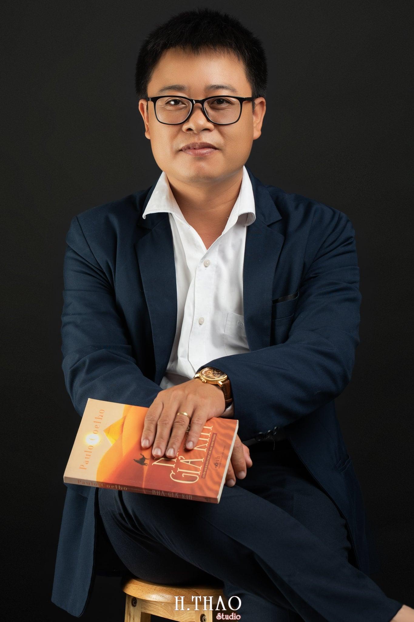 Anh Hoang 4 min - Album ảnh giám đốc Hoàng VIB lịch lãm - HThao Studio