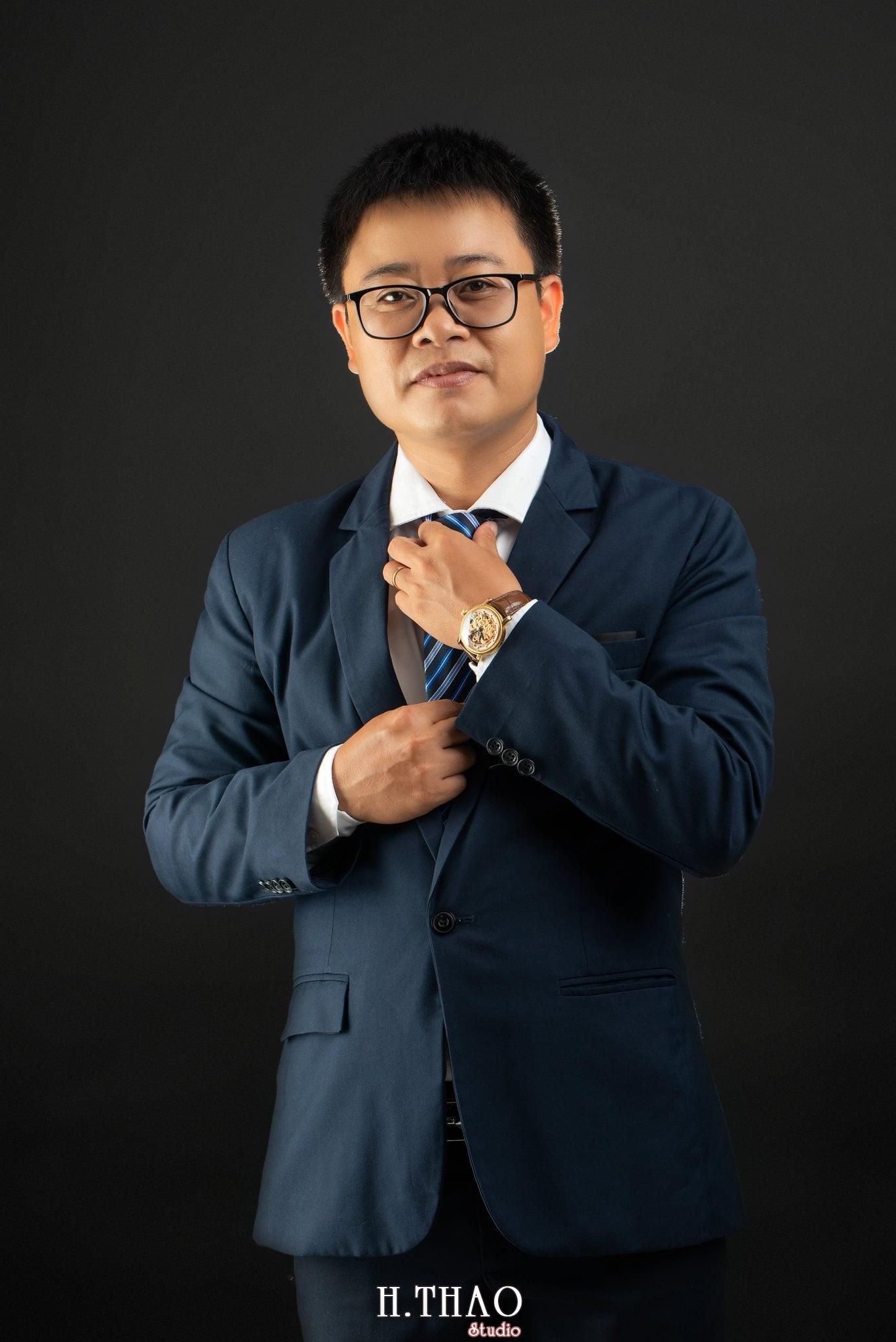 Anh Hoang 7 min - Album ảnh giám đốc Hoàng VIB lịch lãm - HThao Studio