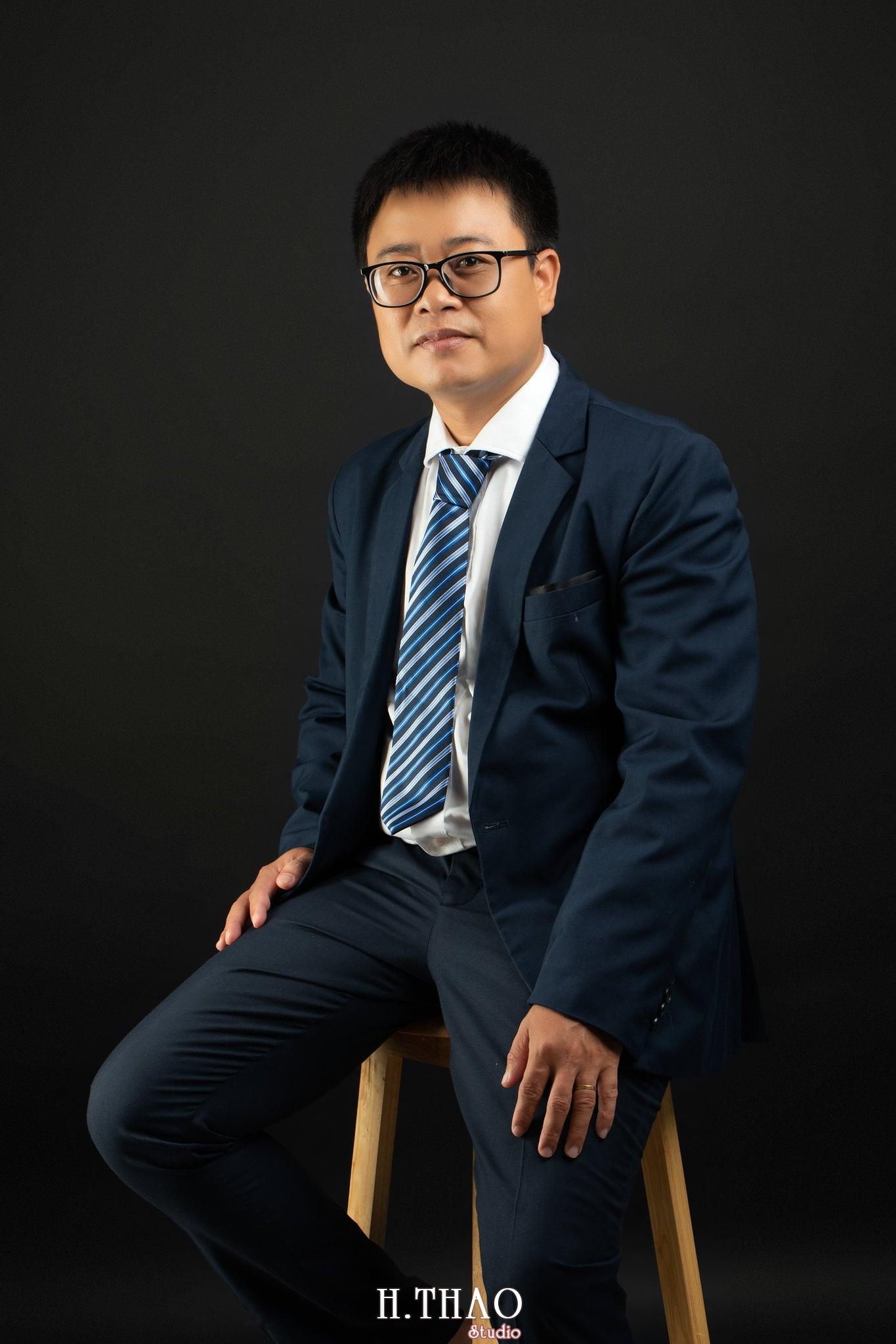 Anh Hoang 8 min - Album ảnh giám đốc Hoàng VIB lịch lãm - HThao Studio