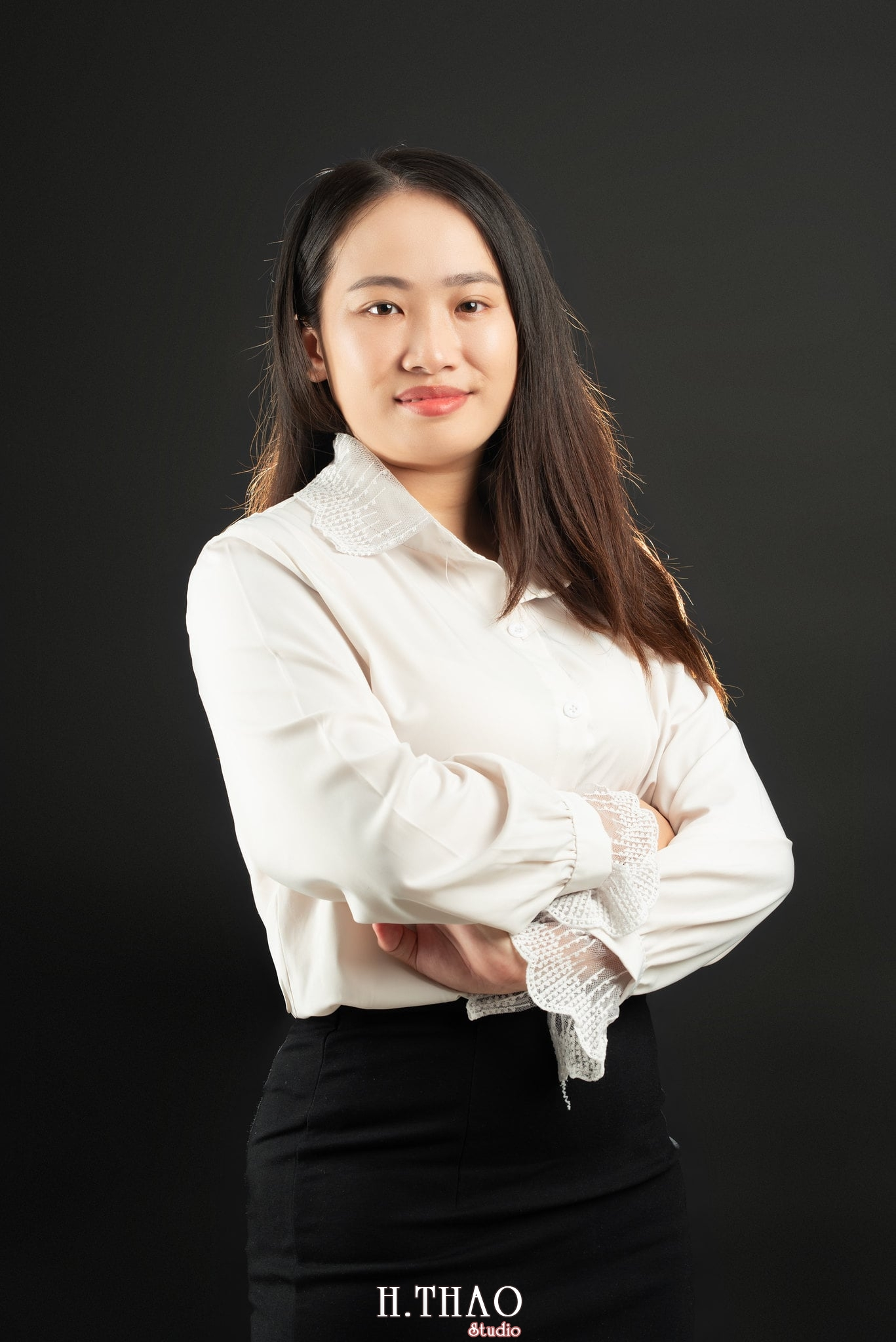 Ảnh profile nữ luật sư