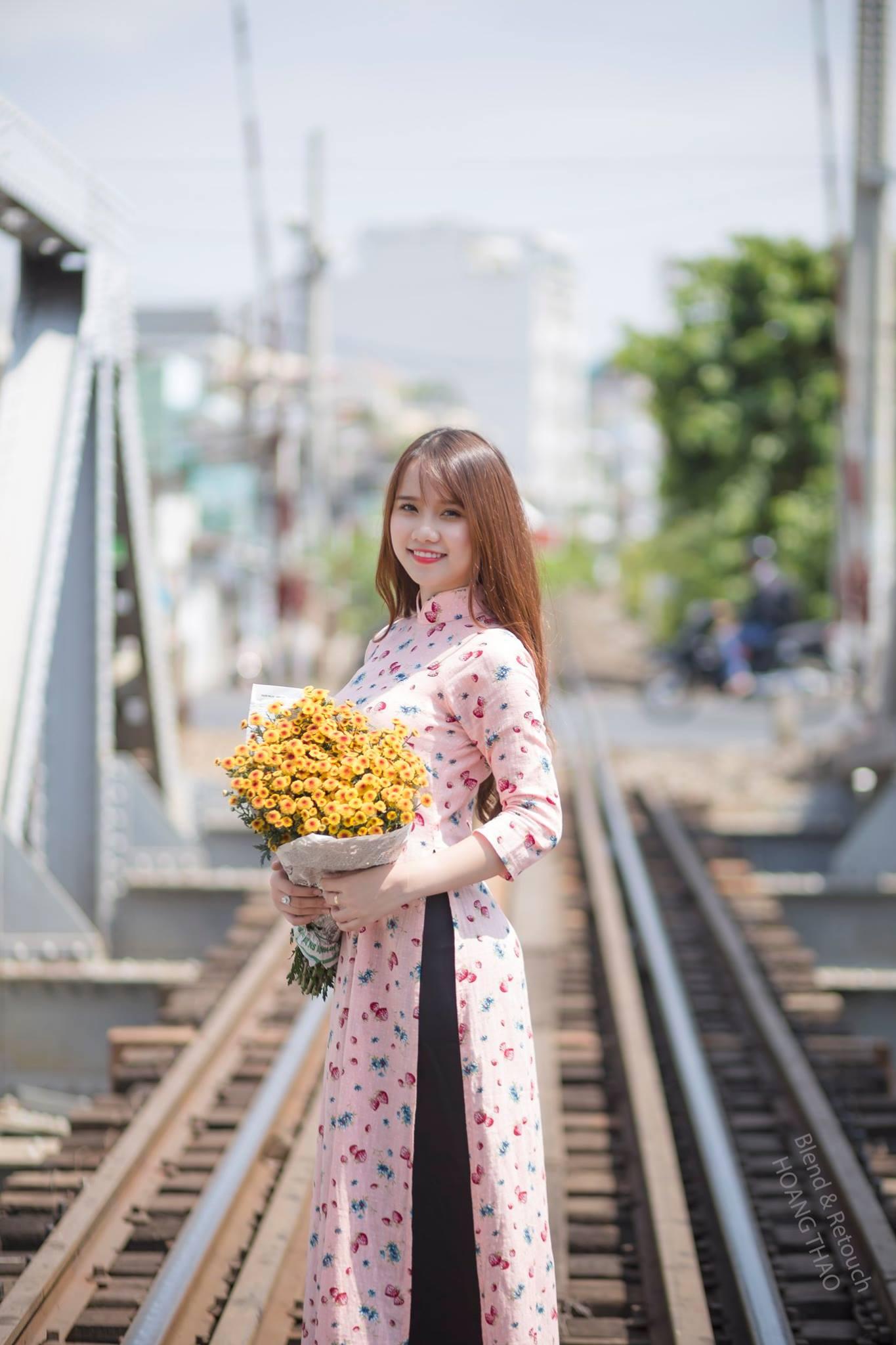 cau binh loi - Những concept chụp hình áo dài nghệ thuật đẹp nhất hiện nay - HThao Studio