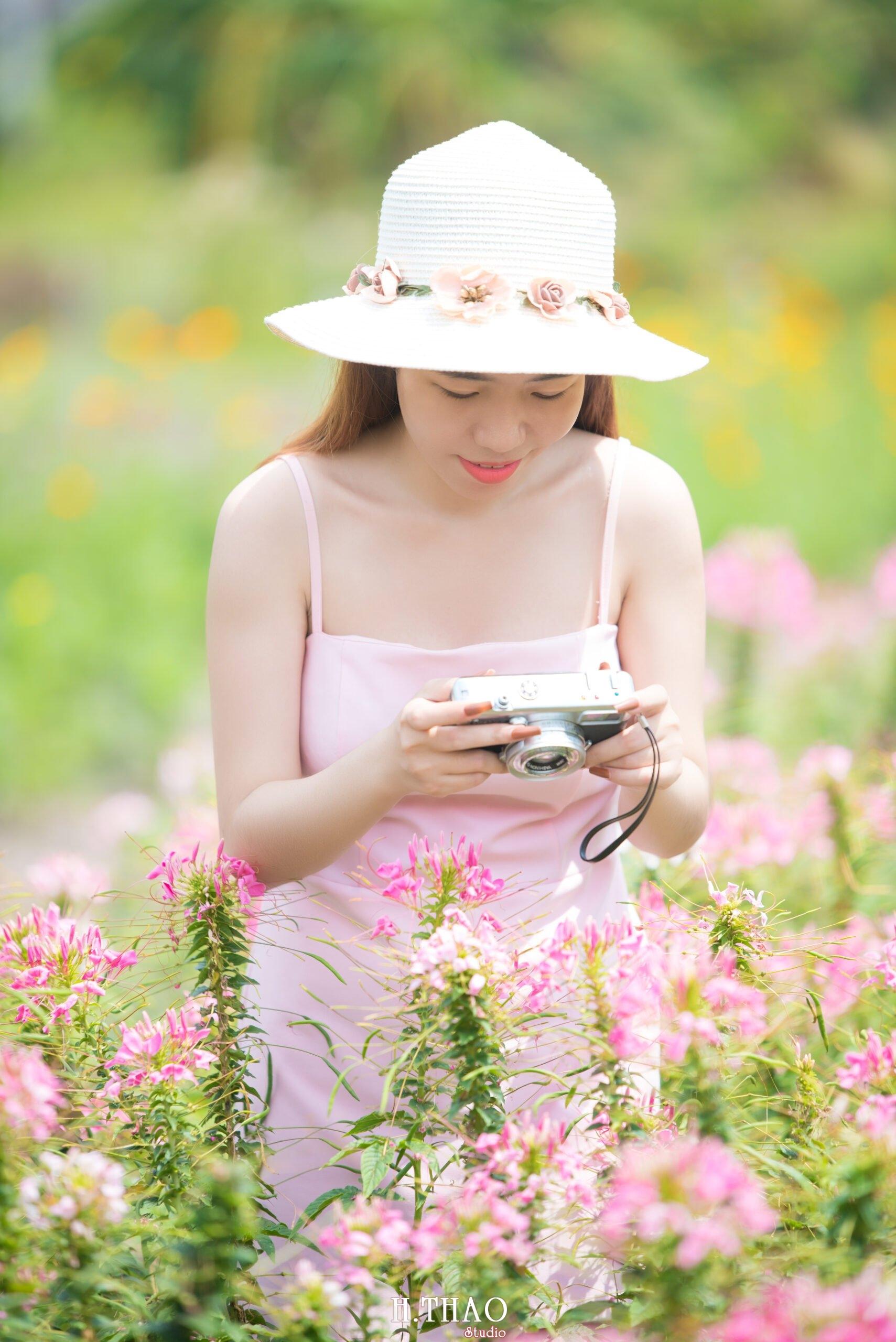 Anh be Mai 12 scaled - Chụp ảnh với hoa hướng dương tuyệt đẹp giữa lòng Sài Gòn