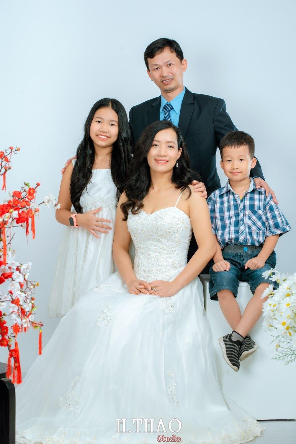 Anh tet gia dinh 2 - Dịch vụ chụp ảnh kỷ niệm ngày cưới - HThao Studio