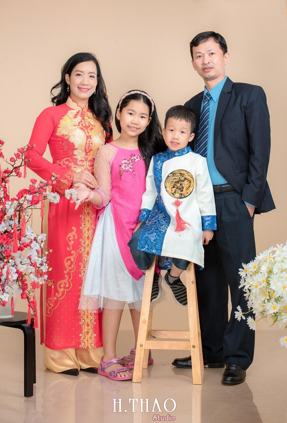Anh tet gia dinh 4 - Dịch vụ chụp ảnh kỷ niệm ngày cưới - HThao Studio