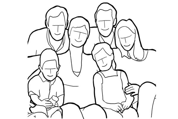 Family 11 - 19 cách tạo dáng chụp ảnh gia đình tự nhiên nhất - HThao Studio