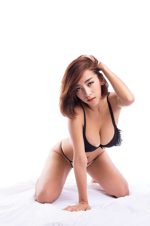 Chup anh goi cam 2 - 39 cách tạo dáng chụp ảnh sexy gợi cảm nhất hiện nay- HThao Studio